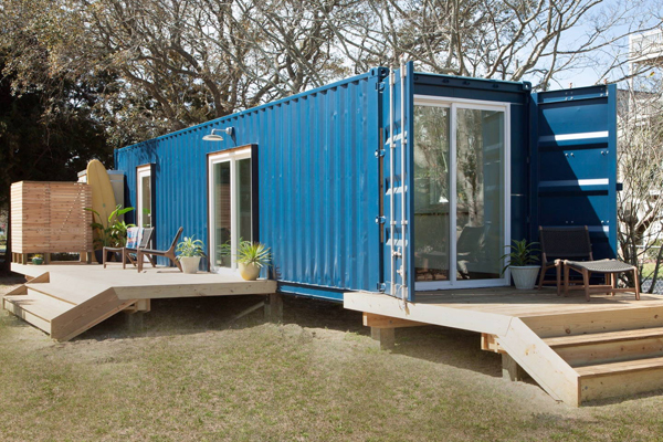 Australia, globalization, shipping containers, alternative, housing, cheap, rootless, global, international, mobility